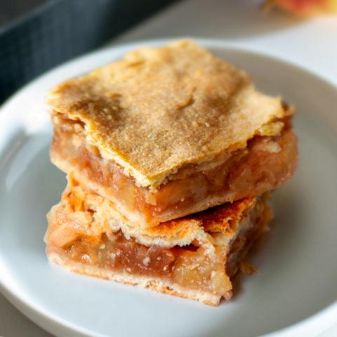 Classic Szarlotka: Polish Apple Pie