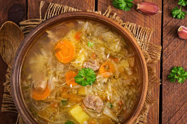 Kapuśniak Polish sauerkraut soup