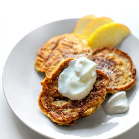 Racuchy z Jabłkami: Polish Apple Pancakes