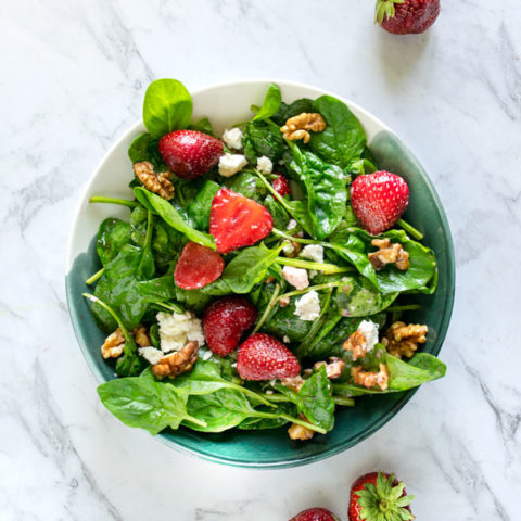 Easy Spinach Strawberry Walnut Salad with Goat Cheese