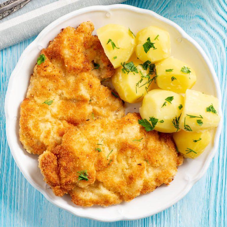 Kotlet Schabowy: Polish Pork Cutlet