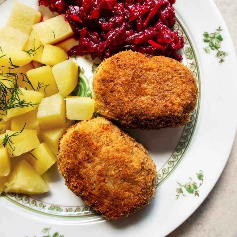 Kotlety Mielone: Ground Pork Patties/Cutlets
